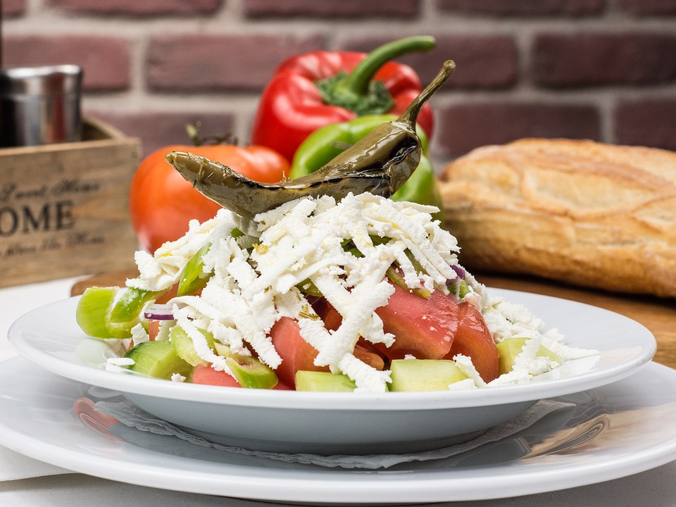bulgarian-traditional-salad-2157208_960_720